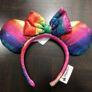 Disney Parks Minnie Mouse Sequin Ears Headband